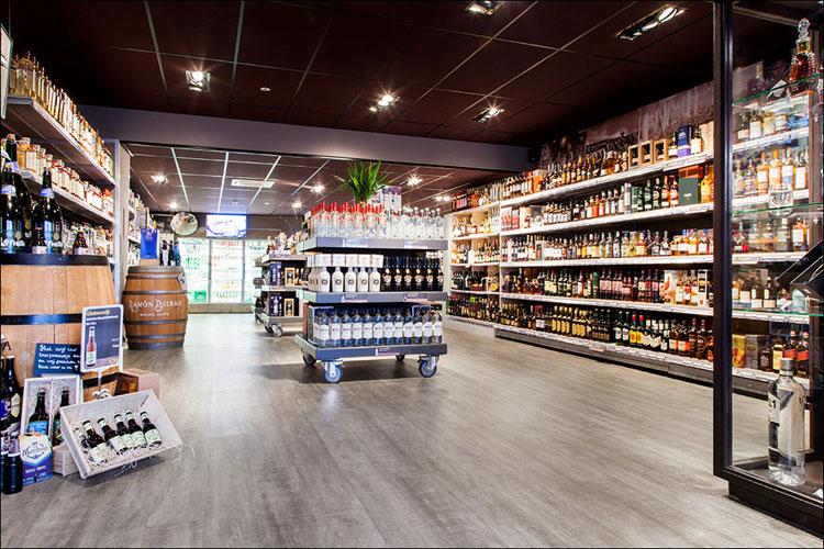coretec winkelvloer in drankenhandel